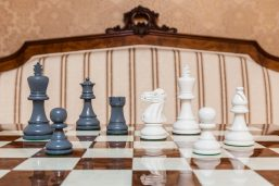 """Earl Grey and White Chess Pieces on the red 50 cm """"Cordoba"""" Chess Board"""