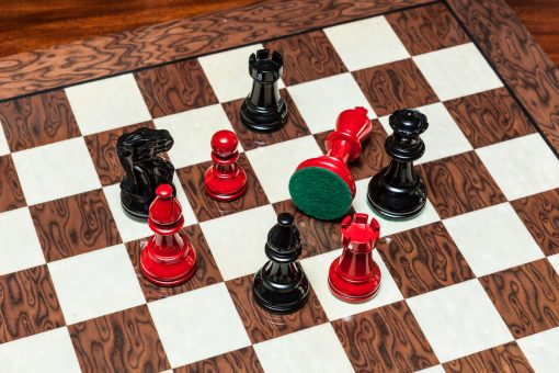 Black and Red Chess Pieces of the Earl Series Chess Pieces