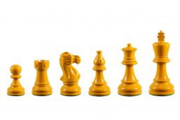 Earl Yellow 3.75 inch tournament-size chess pieces in Coloured Boxwood