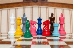 Earl - 3.75 inch Wooden Chessmen lacquered in many colors