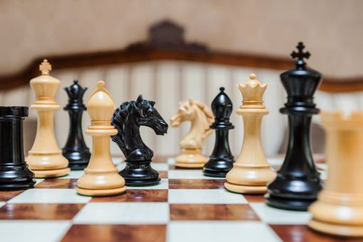 The Florence Series Luxury Chess Pieces in Ebony and Boxwood