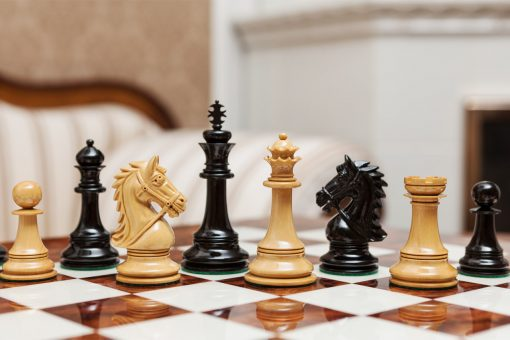 Regal Series 4.4 inches club-size chess pieces in ebony and boxwood